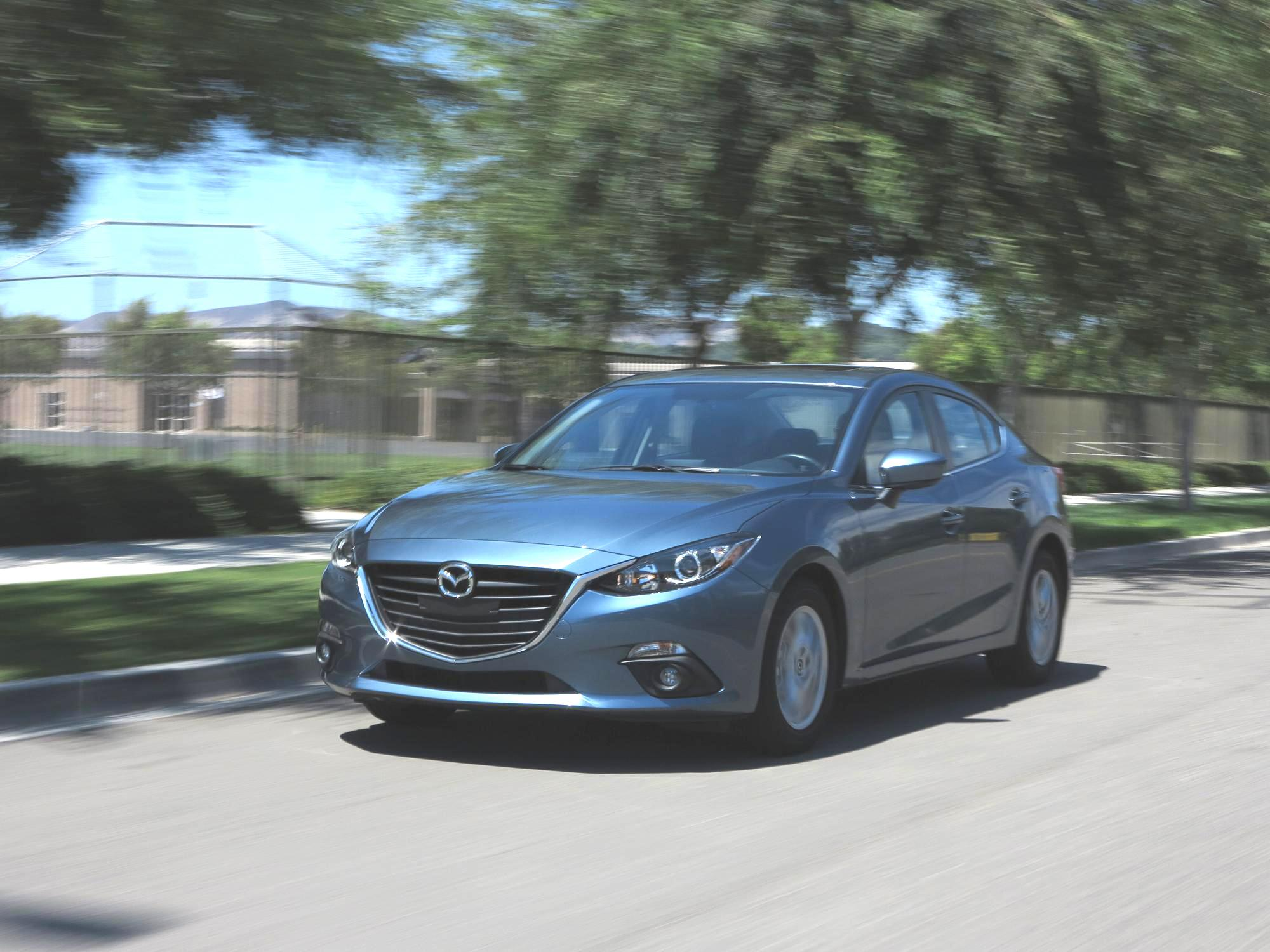 test drive review the 2015 mazda 3 youwheel your car. Black Bedroom Furniture Sets. Home Design Ideas