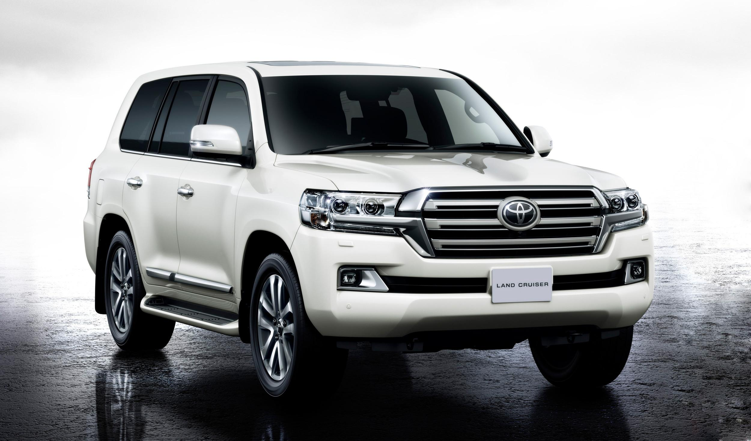 facelifted 2016 toyota land cruiser announced youwheel. Black Bedroom Furniture Sets. Home Design Ideas