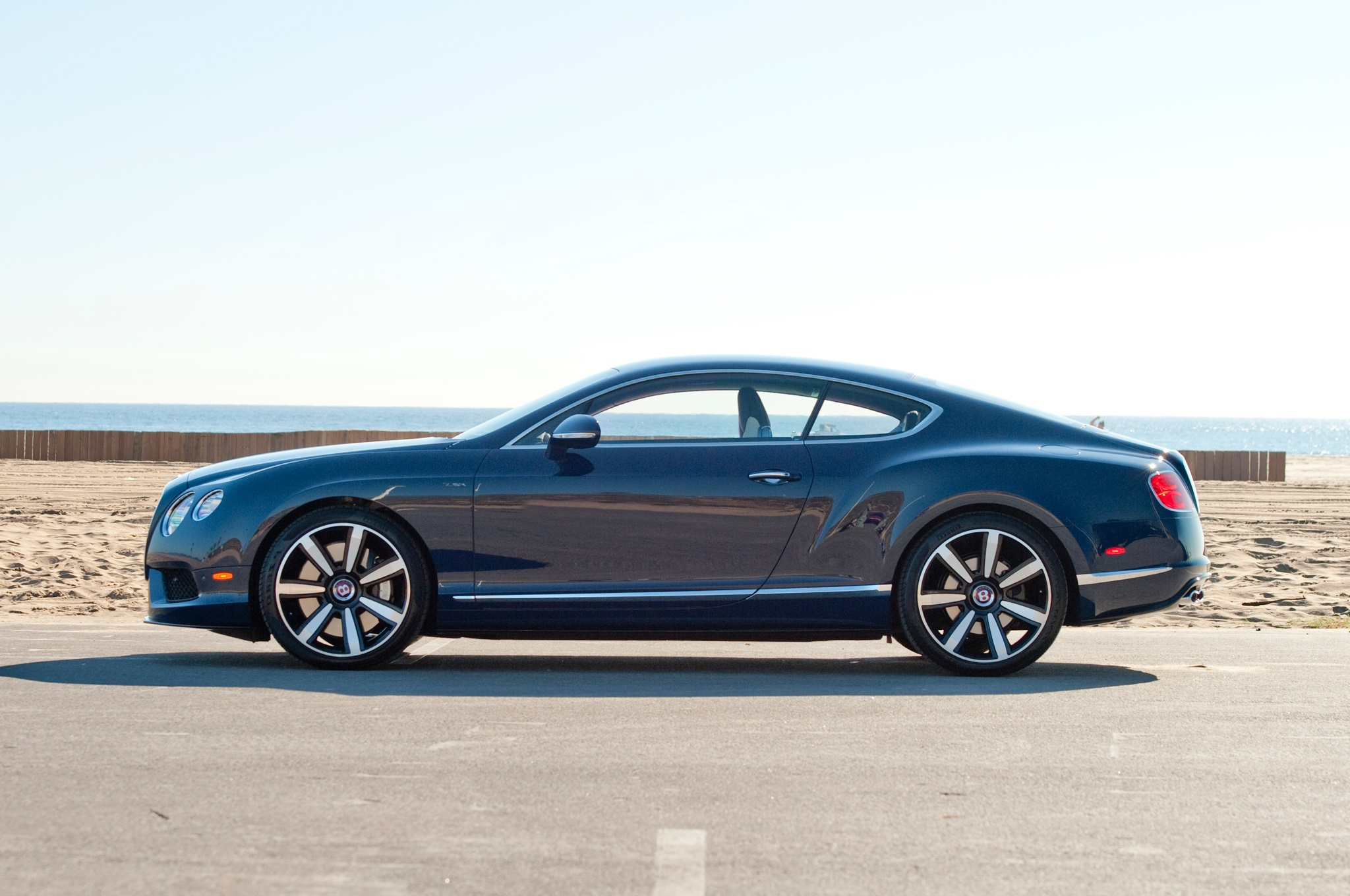 2014_Bentley_Continental_GT_V8S_Side_Profile
