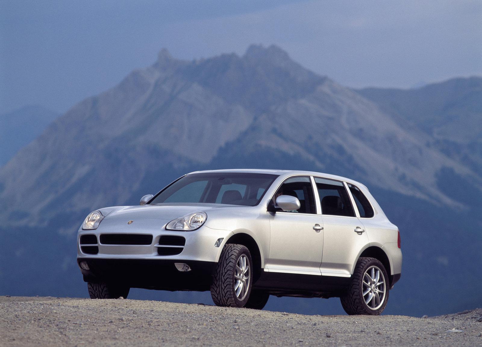 2003_Porsche_Cayenne